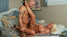 Charity McLain gets her plump ass groped while taking a ride