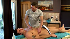 This ripped guy's privates definitely need a massage, decides his gay masseur