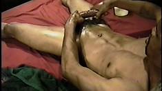 Ripped black thug gives his massive quiver bone a hard beating