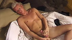 Pale skinned twink with tan lines stuffs his own ass while fapping