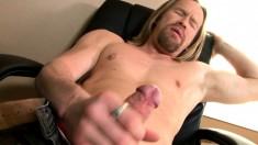 Long haired stud Garrett Michaels brings his large prick to pleasure