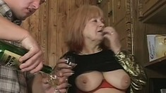 Freaky old lady Jan gets her loose cunt crammed full of cock