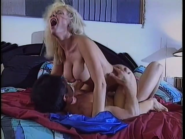 Kelly trump sex