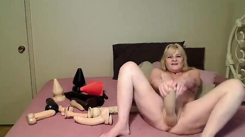 Hot Cougar sex videá amatér korisť