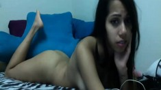 nice brunette girl nude and masturbate live in