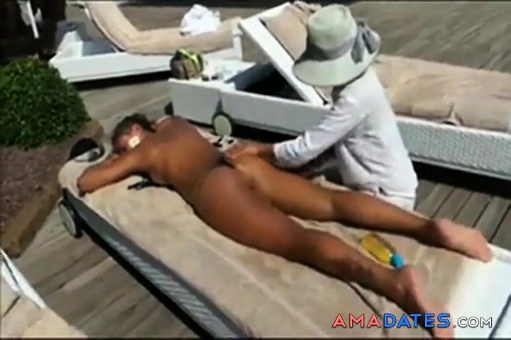 voyeur beach porn