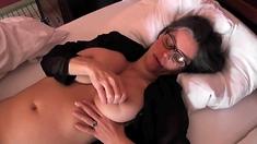 Busty Tina - Hotel bed