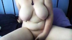 Amateur Thick rubs herself - negrofloripa
